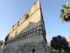 真夏の優雅な南イタリア旅行 Napoli×Puglia♪ Vol327(第17日目午後) ☆バーリ(Bari):バーリ城「Castello Svevo Normanno」を優雅に眺めて♪
