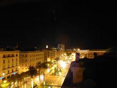 真夏の優雅な南イタリア旅行 Napoli×Puglia♪ Vol332(第17日目夜) ☆バーリ(Bari):高級ホテル「Oriente」の屋上テラスで夜景のバーリを眺めて♪