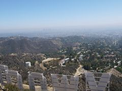 ハリウッドサインの裏