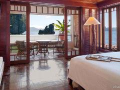 エルニドのサンセットが最も美しい「ラゲンアイランドリゾート」へ