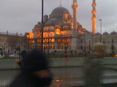 エミレーツに乗ってイスタンブールへ
