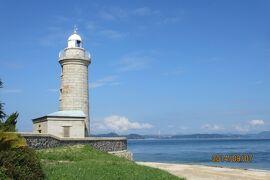 瀬戸内海の小さな島 灯台の男木島と鬼の女木島