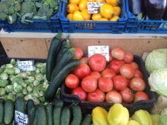 【リトアニア】ビルニュスの朝市に行ってみた、野菜、安いっっ