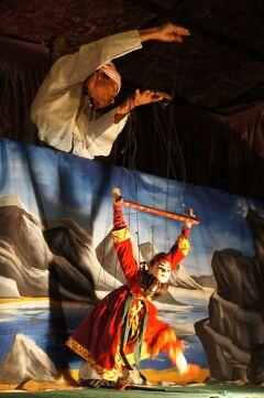 緬甸憧憬(3) 蒲甘(バガン)のゴールデン・カックーで喰籠を求め、タビニュー・パヤーとダマヤンジーの参拝と伝統的なパペット劇に酔う。