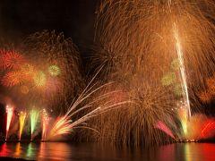 江ノ島 花火大会 間近で大迫力、海ならでは?の演出に感動