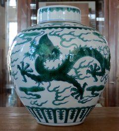 2014秋、中国旅行記24(17:補遺1):旅順博物館(2/2):焼物、素三彩、五彩、斗彩、粉彩、玉製品