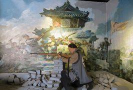 2014秋、中国旅行記24(18:補遺2):金州提督府址展示品、セピア写真、絵、兵器類、軍服、馬具