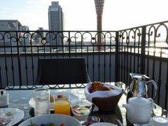 初秋の神戸 優雅なホテルスティ♪ Vol6(第2日目朝) ☆「La Suite Kobe」の「プレミアガーデン」のテラスで優雅な朝食♪