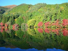 [秋の休日]山梨で秋を愛でる~紅葉に彩られた伊奈ヶ湖周辺を散策&八ヶ岳南麓の隠れ家レストラン《紬山荘》で蕎麦コースのランチ