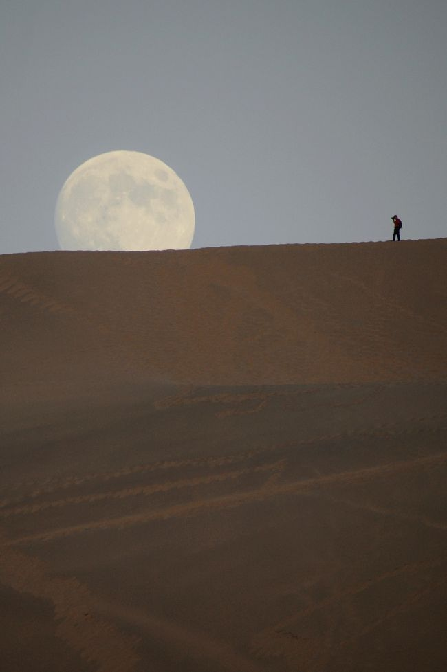 2013年中国新疆放浪記054・敦煌散策…その08・月牙泉でお月見~駱駝隊月牙泉へ!【後編】