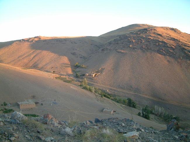 アフガンは歌わない(7) タイラシャック村の夜明け』その他の都市 ...