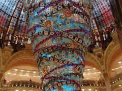美術館巡りは、オルセー美術館、リュクサンブール美術館(32)の企画展をめぐる。パリ散策は、ギャラリーラファイエットでお昼、その後、モンパルナス地区へ