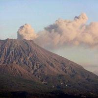 大地の息吹を感じつつ、日本史の哀しいひとコマを確かめに−−−(桜島、知覧)