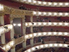 母を連れて雪のドイツ・チェコ 2.バイエルン国立歌劇場でバレエ「真夏の夜の夢」