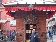 2015ネパール旅行⑩ ポカラ~カトマンズ カトマンズ街歩きと最後の夜