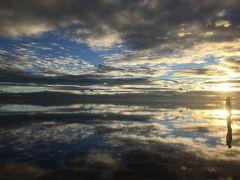 2015南米周遊旅行~#5ボリビア・ウユニ塩湖で大騒ぎ!トリック写真にサンライズ