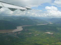 メコン川のほとりでビアラオ、そしてチャリ。