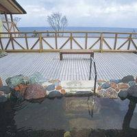 温水プール&温泉浴場でのんびり