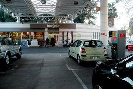ニース,フィレンツェ,チンクエテッレドライブ旅行43-国境を越えフランスへ,ニース空港で車を返却