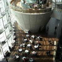 『35mmでいく東京散歩』 港区六本木 国立新美術館で開催されているルーブル美術館展に行ってきました!