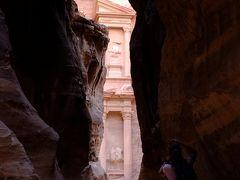自然も文化も人々もバリエーション豊かな国、ヨルダン6日間 vol.1 アンマン到着 ペトラに移動編
