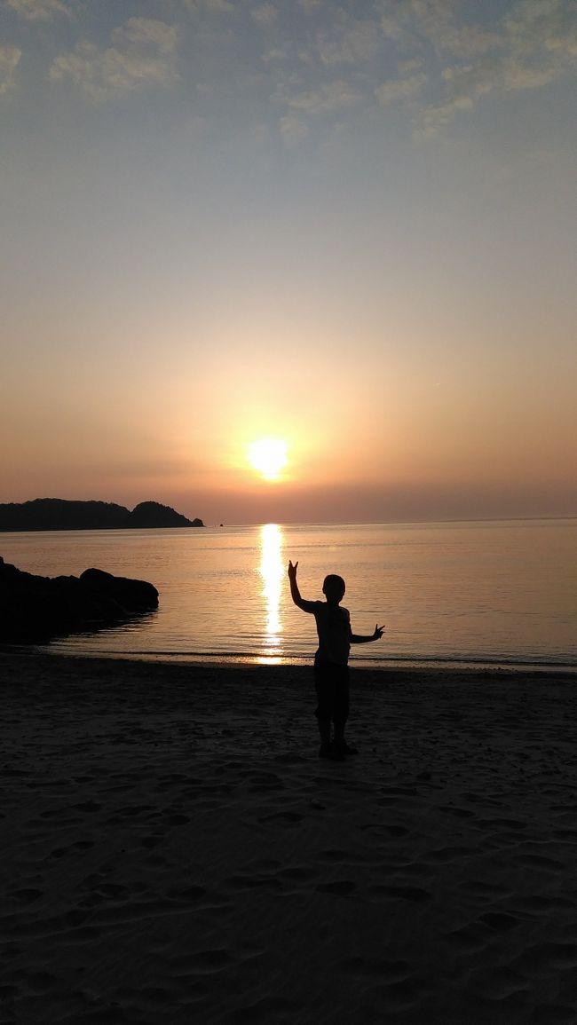 2015年GWを利用して、滋賀県から国道9号線を北上し鳥取県を目指した。大山を反時計回りに一周して帰ってくる予定。宿も予約せず行き当たりばったりの旅。<br />途中で温泉に入ったり、町並み観光したり、二泊三日の自由旅。