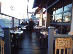 バンクーバー近郊の町 5、ホワイトロックのグリーク・レストラン