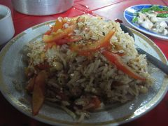 2015 ヤンゴンに戻ってきて、まずは街をうろうろして晩ごはん探し!