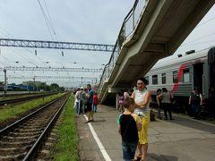 還暦一人旅シベリア鉄道3等列車の生活空間ー狭いが住めば我が家