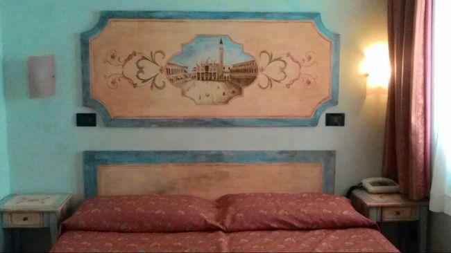 ベネチアとローマのホテル