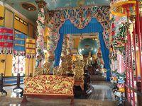 ミニバスと路線バスで行くタイニン(カオダイ教寺院)