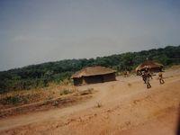 (10)1987年サハラ砂漠縦断 西アフリカと中央アフリカ横断の旅12か国64日間(22)中央アフリカ共和国(Bouar)