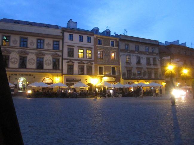 仕事の合間に急ぎ足で観光。<br />ルブリン&amp;ワルシャワ<br /><br />ルブリンは12,13世紀の建物が残る美しい古都でした。