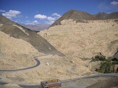秘境小チベット ラダック(1) レー、ラマユル、アルチ