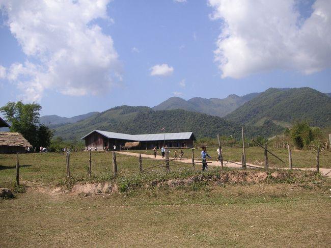 2005年1月に訪れたラオスに再び。<br />今回は、ビエンチャンと、山岳民族の集まるルアンナムター、ムアンシンの北部地方を訪れた。
