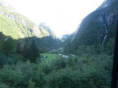 北欧 ノルウェーとデンマークへ10日間の母娘の旅 ソグネフィヨルド ベルゲンからオスロへ アクシデント⑤