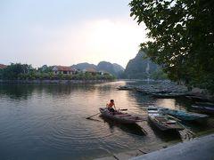 奥さんの故郷、Ninh Binhニンビン、Tam Coc タムコックを散歩。