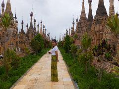 NACKさん ミャンマーで仏像を拝む 5 カックー遺跡(インレー湖)