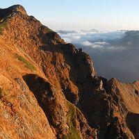 谷川岳 バリエーションの東尾根から岩壁を登る