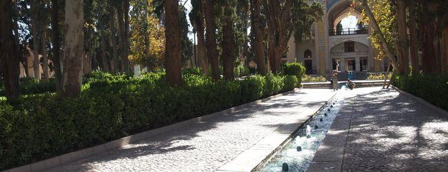 イラン(11)カシャーンでとどめのフィーン庭園
