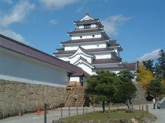 八重の桜のお城「鶴ケ城」と日本昔話の世界「大内宿」