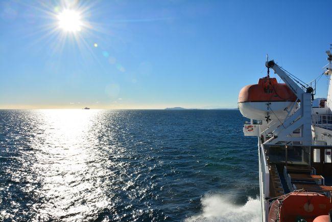 今年最後の海外トリップは、9日間でスペインのマラガからモロッコのシャウエンまでのルートと帰りにバルセロナを旅してきました。<br /><br /><br />今回はスペインのアルヘシラスからジブラタル海峡を渡りモロッコにあるスペイン領のセウタへ、そこからモロッコへ入国しテトゥアンへの道のり。<br /><br />セウタはなんだか居心地良さそうな街だった。<br /><br /><br /><br />日程<br /> 11/20 成田⇒モスクワ⇒バルセロナ<br /> 11/21 バルセロナ⇒マラガ→アルヘシラス→ジブラルタル→アルヘシラス<br />★11/22 アルヘシラス→セウタ→テトゥアン→シャウエン<br /> 11/23 シャウエン<br /> 11/24 シャウエン<br /> 11/25 シャウエン→テトゥアン→タンジェ⇒バルセロナ<br /> 11/26 バルセロナ<br /> 11/27 バルセロナ⇒モスクワ⇒<br /> 11/28 ⇒成田<br />※『⇒』は空路、『→』は陸路及び海路