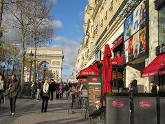 あの パリに行ってきました。
