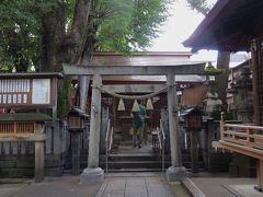 2015秋、冨士浅間神社と四間道(1):9月26日(1):堀川、中橋、鎮守の杜、鳥居、狛犬、手水舎