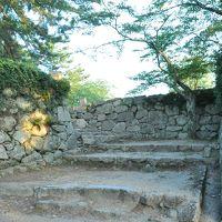 松坂に宿泊して、早朝の歴史散歩