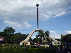 2015年末年始は東アフリカ4ヶ国の旅(7)ナマンガから国境越えてタンザニアのアルーシャへ町歩きするも拍子抜け(^^ゞ