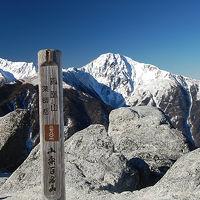 鳳凰三山 眼前に迫る南アルプス白銀の峰々