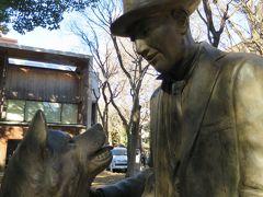 東大のハチ公と上野博士像に会いに行く