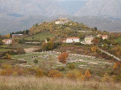 アブルッツォ州とモリーゼ州の旅 アルバ・フチェンス(Alba Fucens)