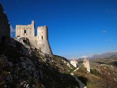 アブルッツォ州とモリーゼ州の旅 ロッカ・カラーショ(Rocca Calascio)